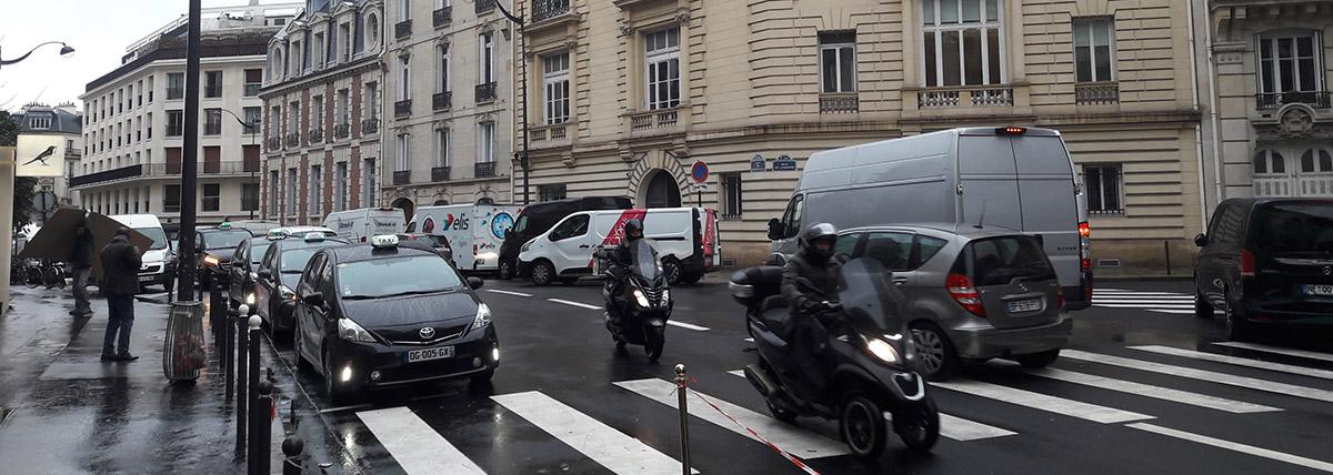 Rue de Courcelles revêtement BBphon+ par Colas
